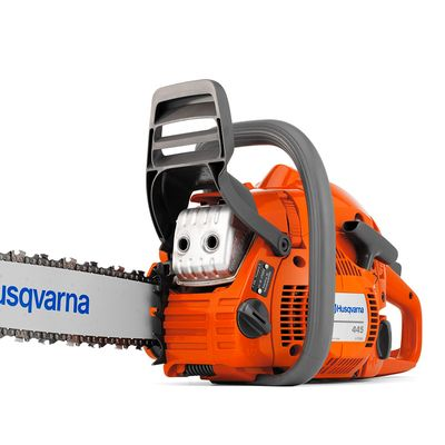Motosserra-Husqvarna-a-gasolina-445-com-Brinde